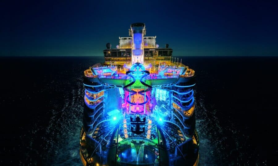 Royal Caribbean Cruises - Harmony of the Seas- Cruise Industry - Guest Experience